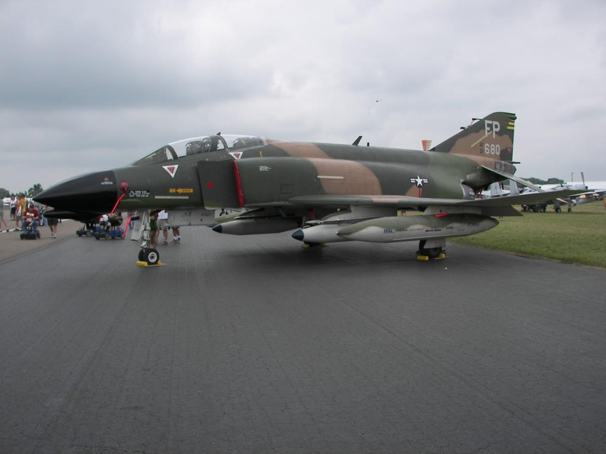 Warbird Legends - Photos of Modern Fighter Aircraft